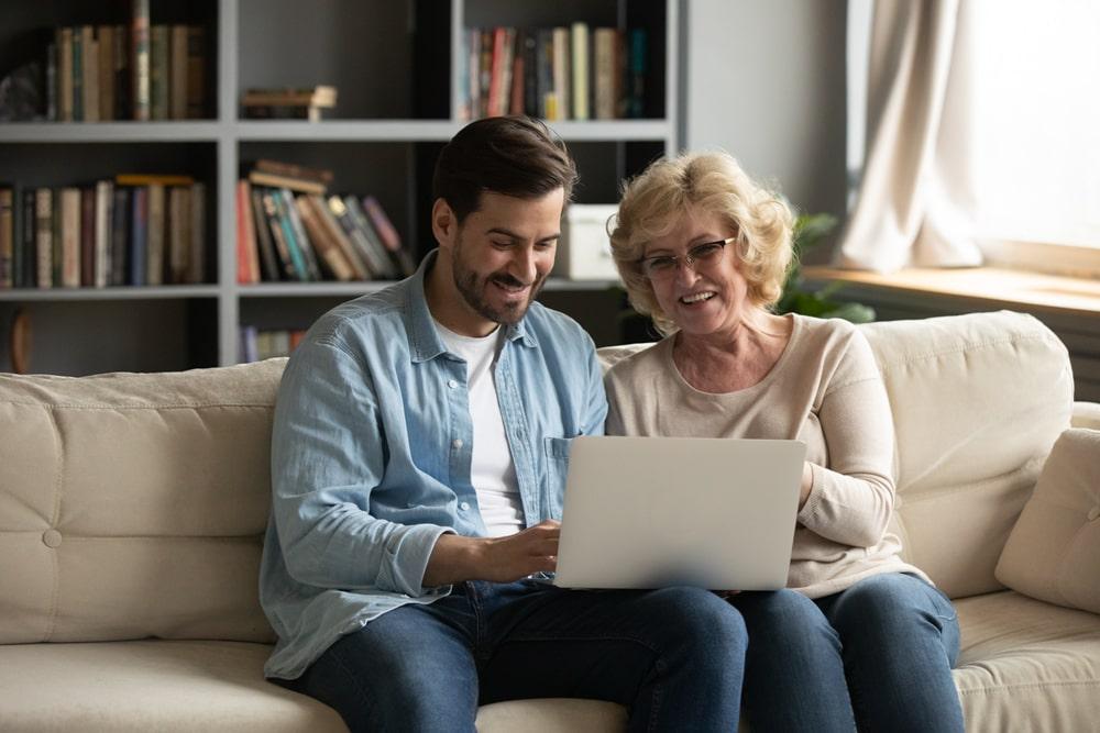 Parler du vieillissement avec ses parents