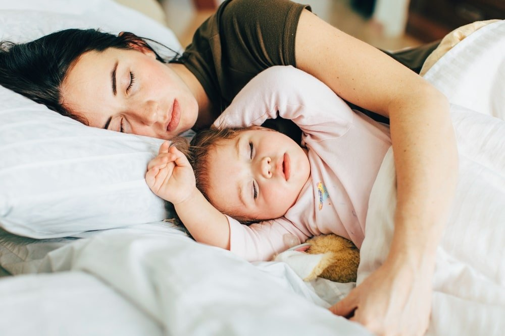 Sleeping with your child: a not so good idea